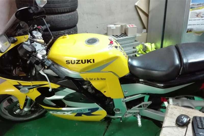 Suzuki DL 1996