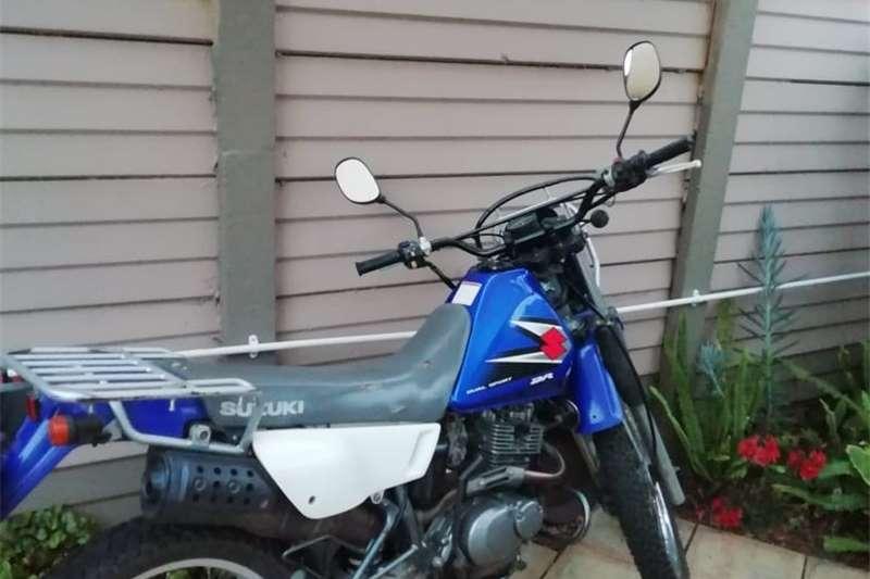 0 Suzuki DR