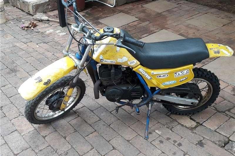 Suzuki DS 1986