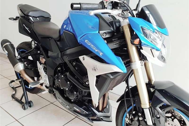 Suzuki GSR 2014