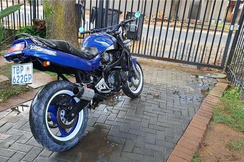 Suzuki GSX 1998
