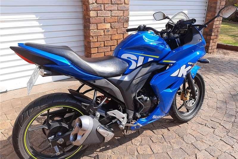 0 Suzuki GSX