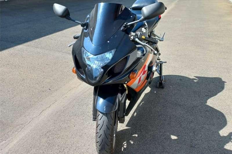 0 Suzuki GSXR