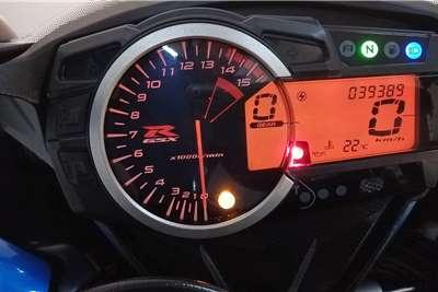 Suzuki GSXR1000K8 2015