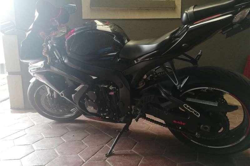 Suzuki GSXR600K8 2010