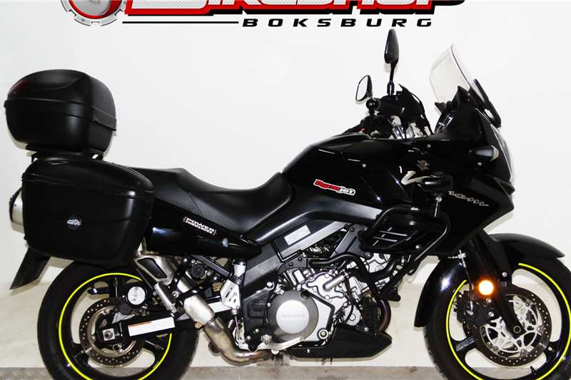 Suzuki V-Strom 2011