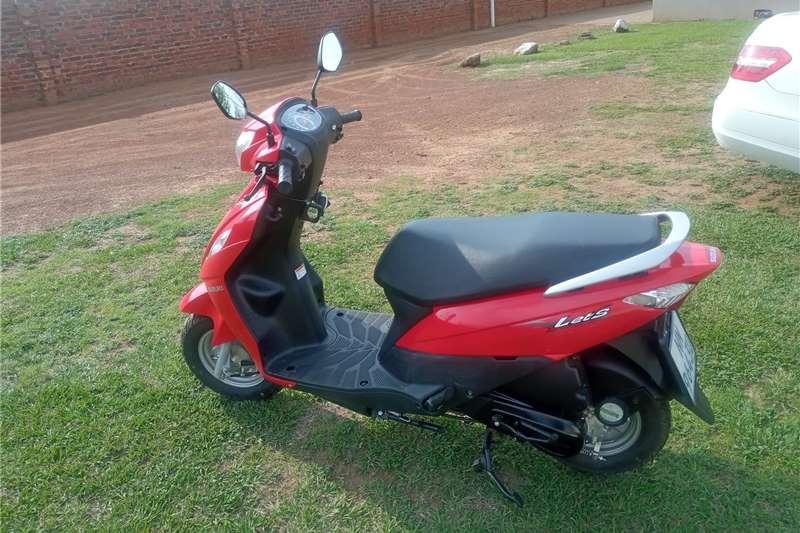 Suzuki VL 2020