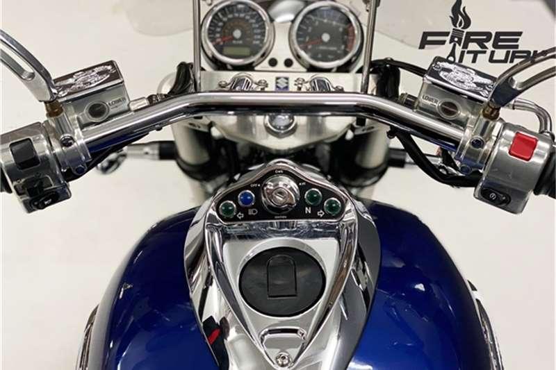 Suzuki VZ 1600 2004