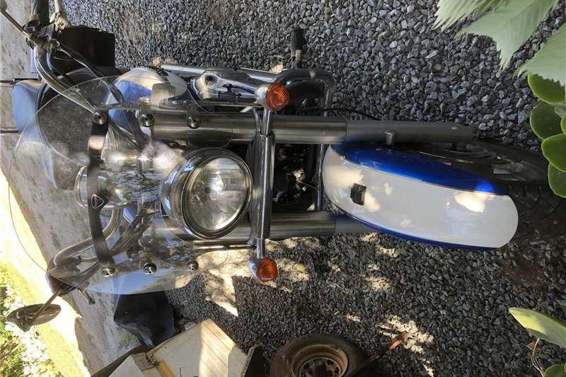 Triumph Bonneville 865cc 2012
