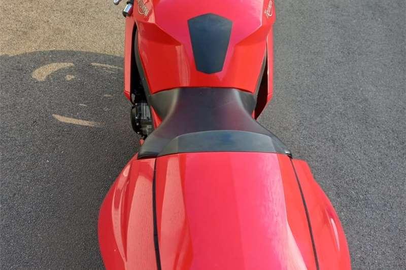 0 Triumph Daytona