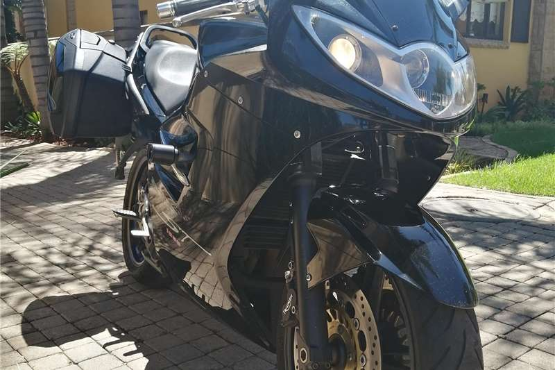Used 2009 Triumph Sprint ST 1050 ABS With Panniers