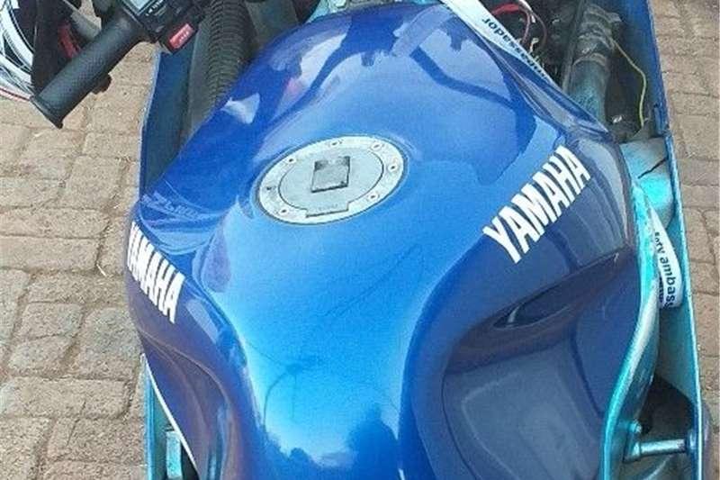 Yamaha FZR 1989