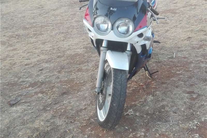 Used 1990 Yamaha FZR