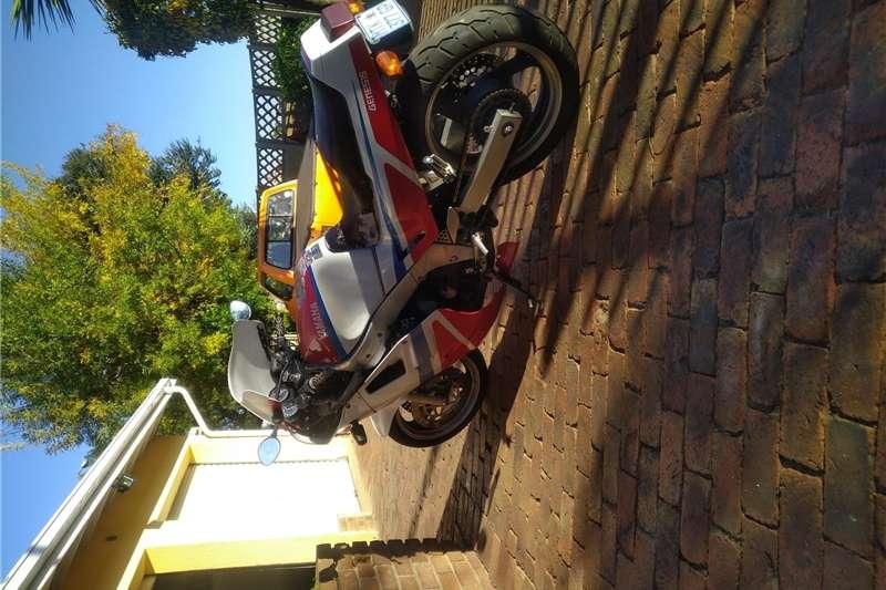 Used 0 Yamaha FZR