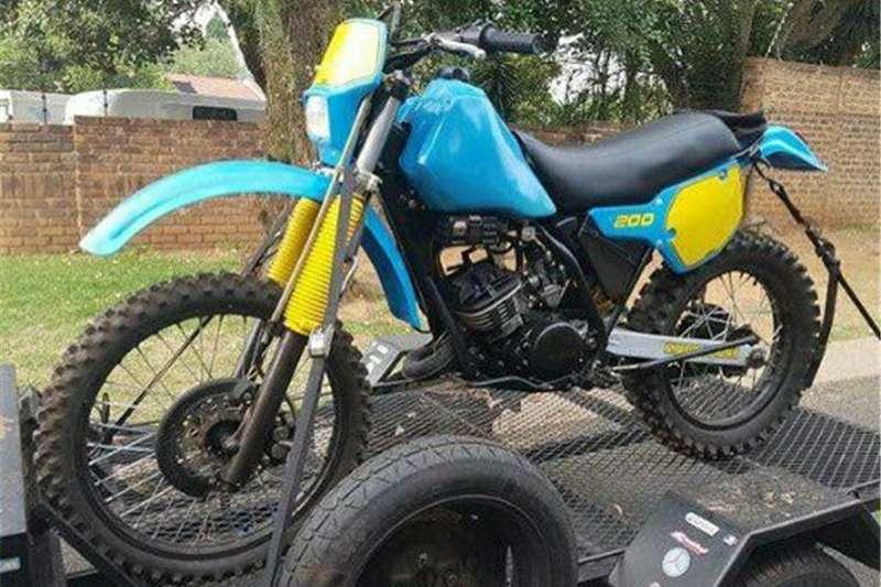 Yamaha IT 1984
