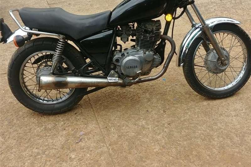 Yamaha IT 2000