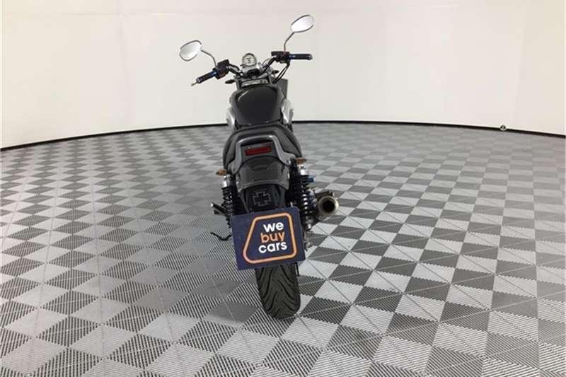 Yamaha V-Max 2001