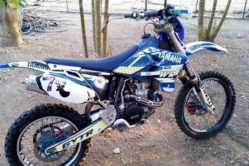 Yamaha WR 2003