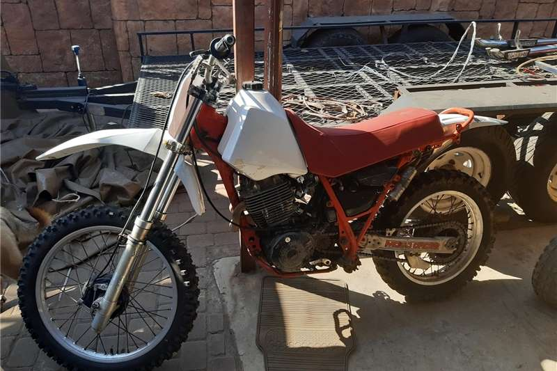Yamaha XT 1987