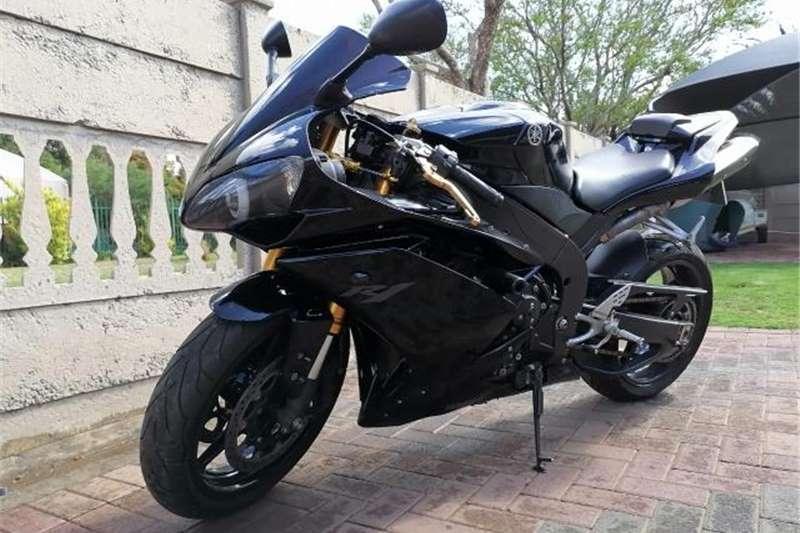 Used 2010 Yamaha YZF R1
