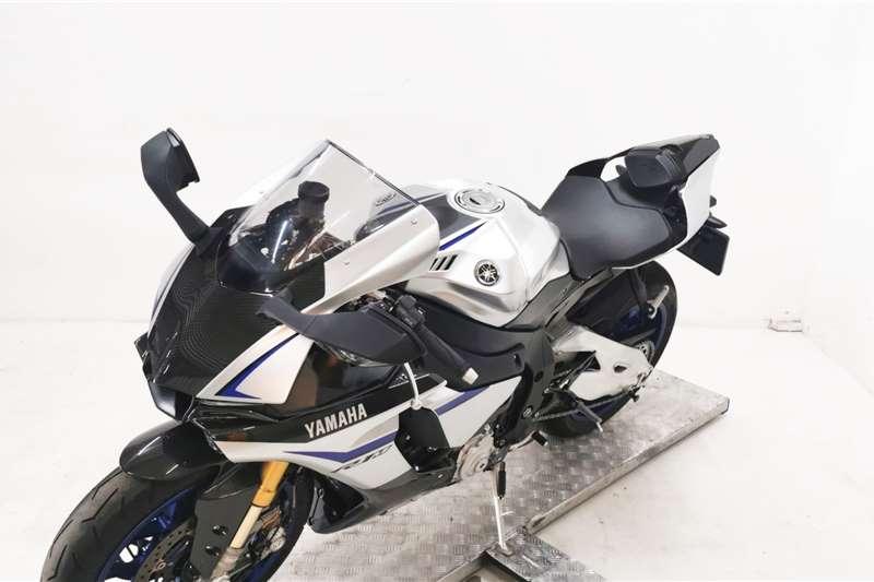 Yamaha YZF R1 2015