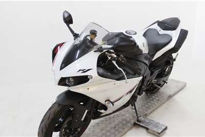 Used 2015 Yamaha YZF R1