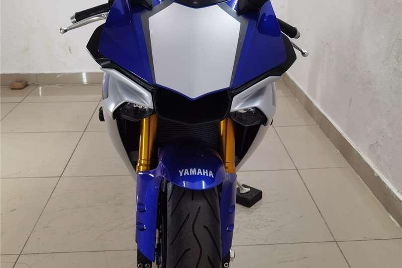 2016 Yamaha YZF R1
