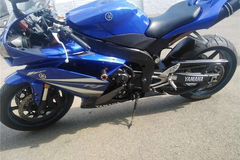 0 Yamaha YZF R1