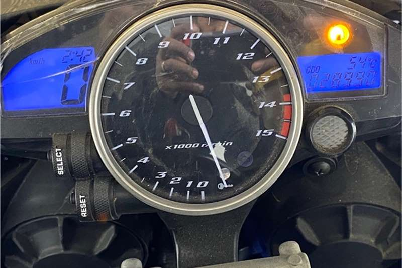 2005 Yamaha YZF R1