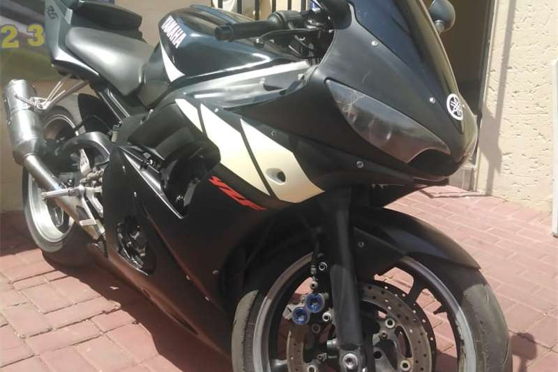 Yamaha YZF R6 2003