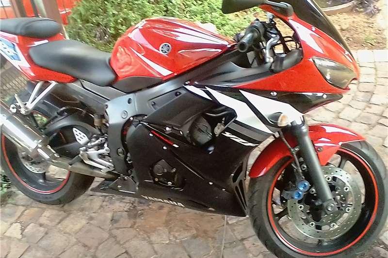 Used 2005 Yamaha YZF R6