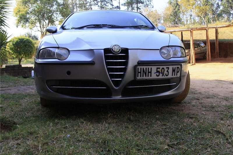 Alfa Romeo 147 2.0 3 door Distinctive 2002