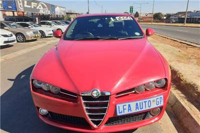 Alfa Romeo 159 3.2 Distinctive 2012