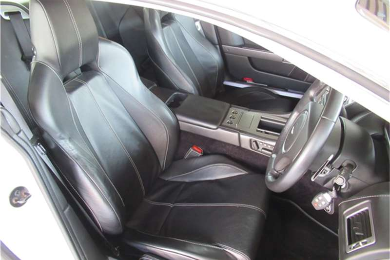 Aston Martin DB9 coupé auto 2007