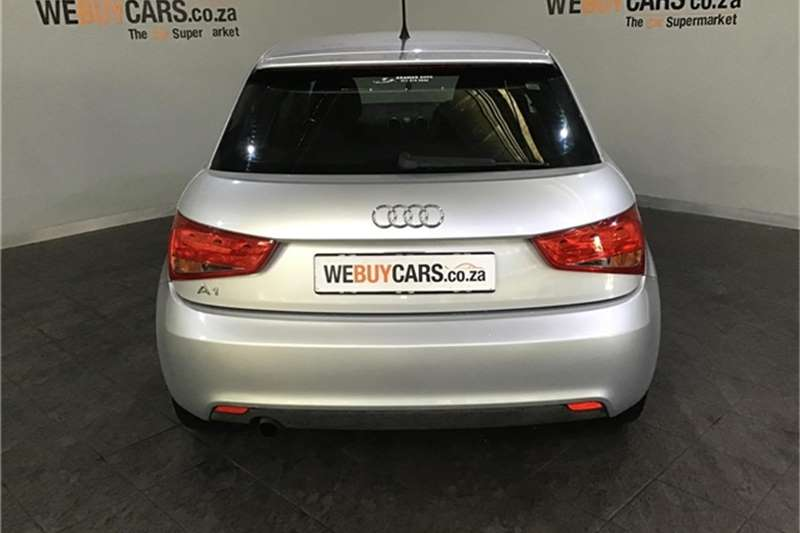 Audi A1 1.2T Attraction 2011