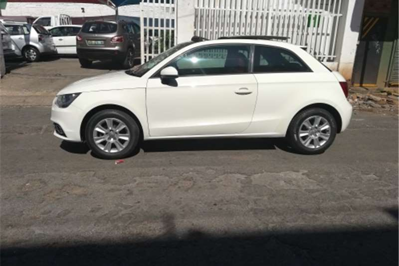 Audi A1 1.2T Attraction 2012
