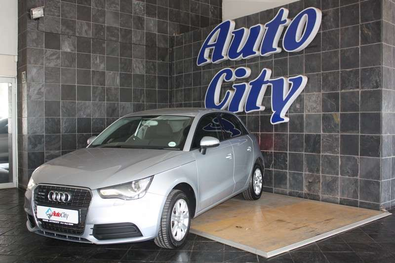 Audi A1 Sportback 1.2T Attraction 2014