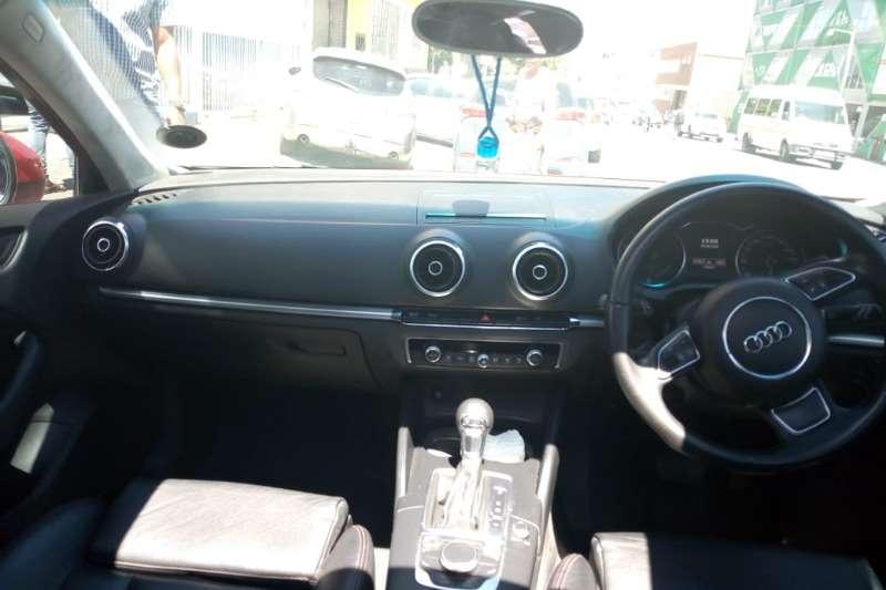 Audi A3 2.0T Ambition s tronic 2014