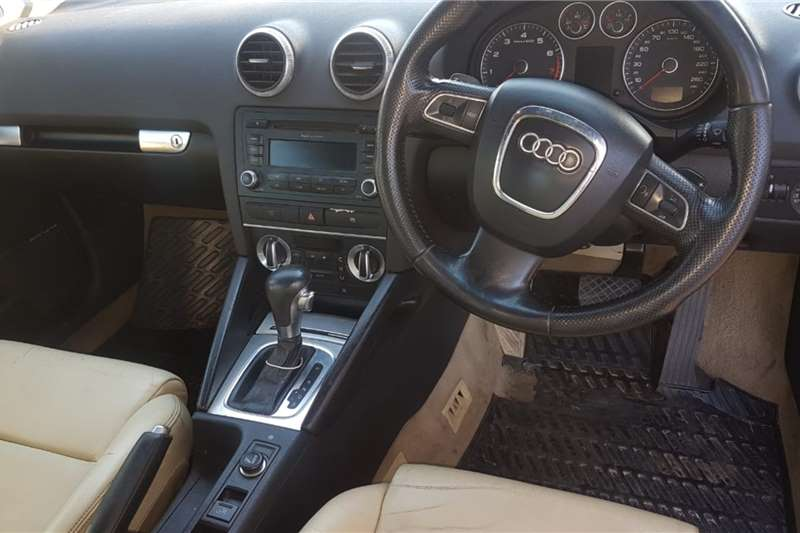 Audi A3 Cabriolet A3 2.0T FSI STRONIC CABRIOLET 2010