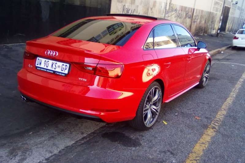 Audi A3 sedan 1.4TFSI 2015
