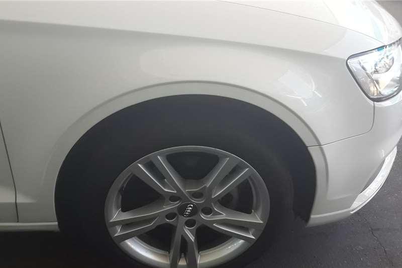 Audi A3 Sedan A3 1.0T FSI STRONIC 2019
