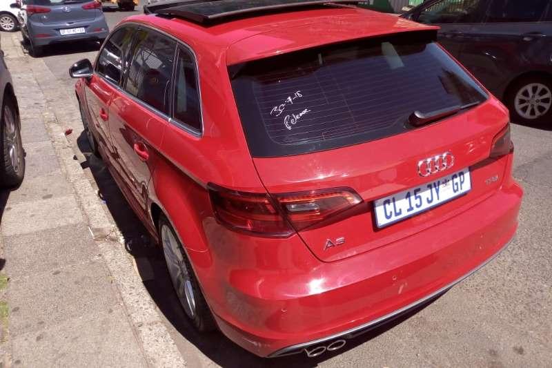 Audi A3 Sportback 1.0TFSI S line 2014