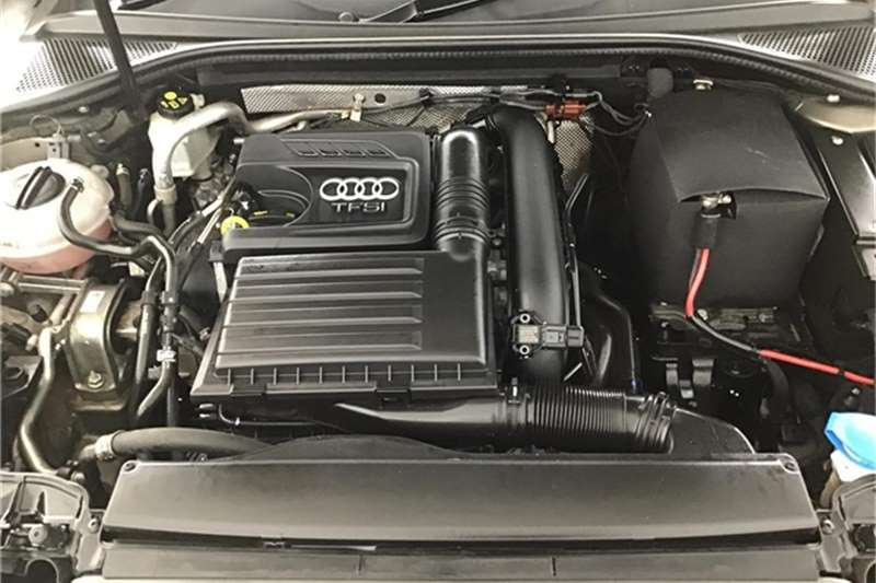 Audi A3 Sportback 1.2T S 2016