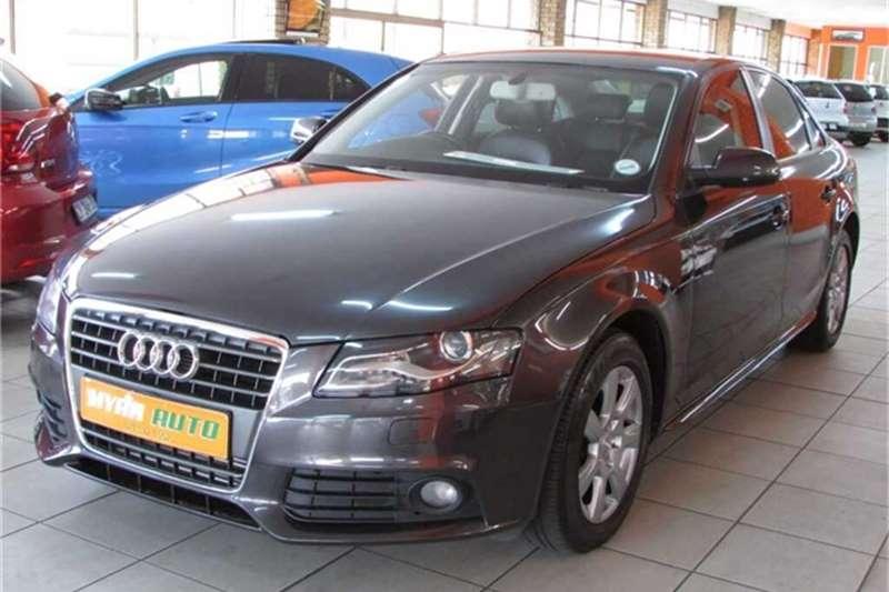 Audi A4 1.8T ATTRACTION MULTI (B8) 2012