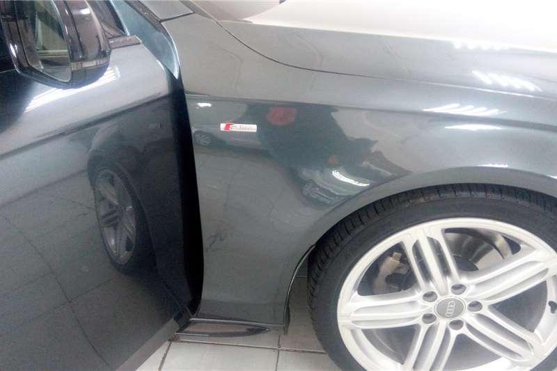Audi A4 2.0 s line 2015