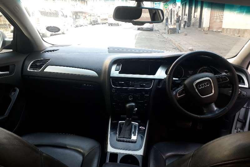 Audi A4 2.0T Ambiente multitronic 2013