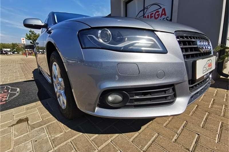 Audi A4 2.0T AMBITION MULTI (B8) 2011