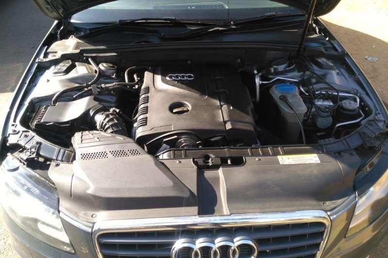 Audi A4 2.0T Multitronic Automatic 2012