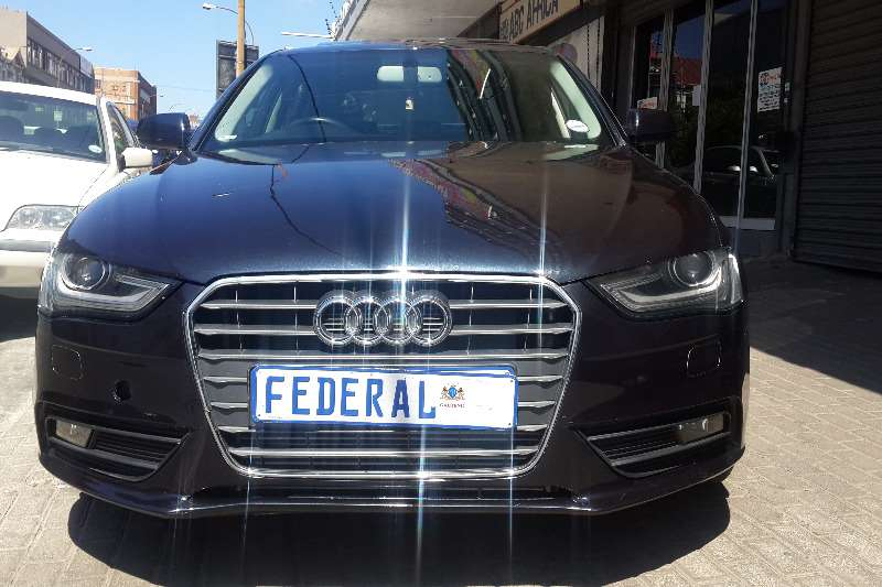 Audi A4 2.0TDI Attraction 2014