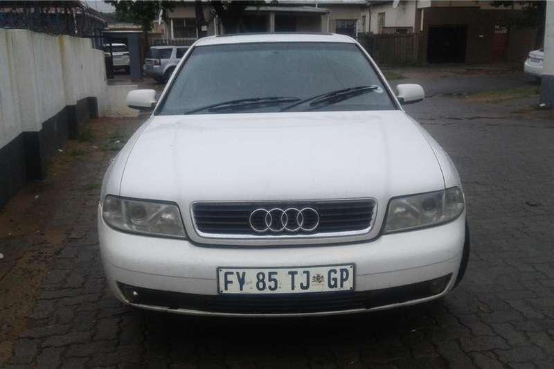 Audi A4 2.0TFSI Design line 2002
